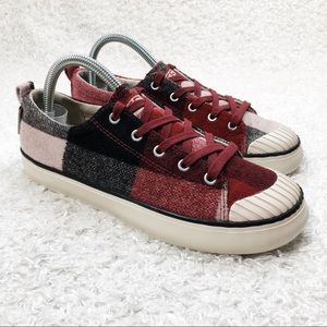 Keen Red Plaid Lace Up Shoes
